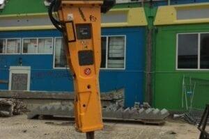 Fremviser hammer fra Indeco