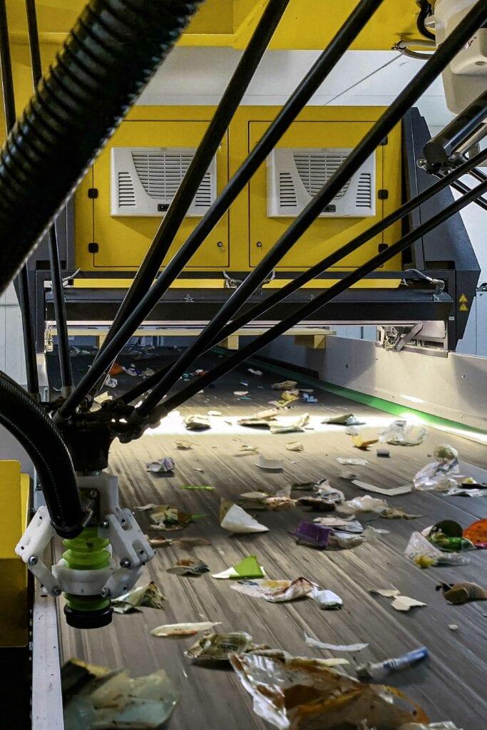 affaldssortering med robotteknologi